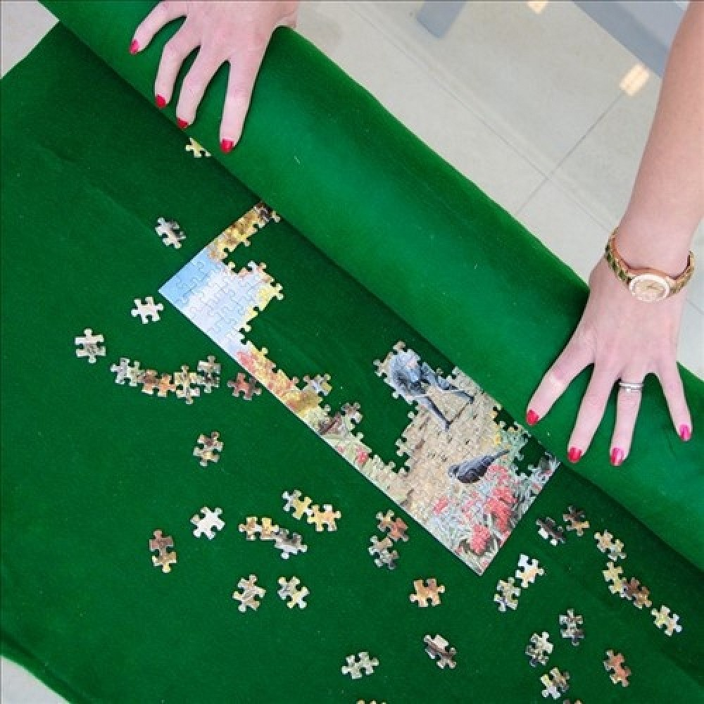 """ROLL UP FELT MAT 33"""" x 50"""" FOR JIGSAW PUZZLES UP TO 2,000"""